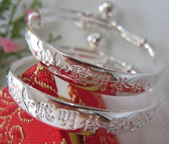 Beyaz Altın Manşet Bilezik 30% 925 Ayar Gümüş Kaplama Bebek Charm Bileklik Bileklik Çin Vintage Stil Kız Erkek Çocuklar Için Ücretsiz Kargo
