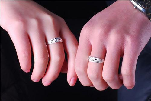 Chegada NOVA! Moda 925 sterling Silver chapeamento de Cobre Sem Fim Amor Casamento Gemstone Anéis Abertos Para Casal