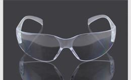 Barato Gafas de seguridad anti-rayado protector a prueba de polvo Lad producto de seguridad HD9936 gafas de seguridad color blanco 40 unids envío gratis desde fabricantes