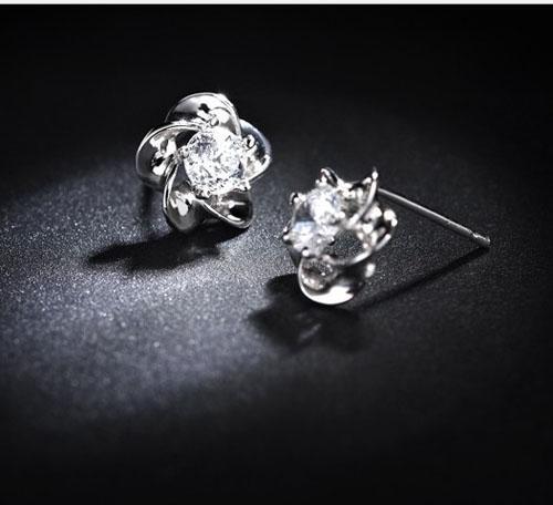 30% Sterling Silver Stud Earrings Rose Flower Ear Jewelry Good Amethyst Crystal Stud Earrings Silver/Puple Color Bohemian Women Jewelry Free