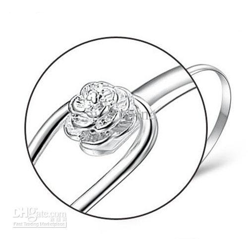 Sconto del 20%! Bracciale rigido in argento sterling 30% con fiore