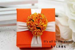Wholesale Orange Wedding Favor Boxes - 50Pcs Lot Beautiful Candy Boxes Orange Color Wedding Favours Gift Boxes Wedding Favor FFF