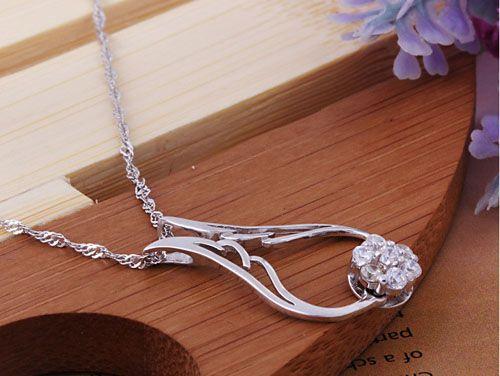 30% 925 Sterling Sterling Silver Pendentif Collier d'aile Ange Femmes avec cristal autrichien Fashion Nouveau Coréen Style / Livraison Gratuite