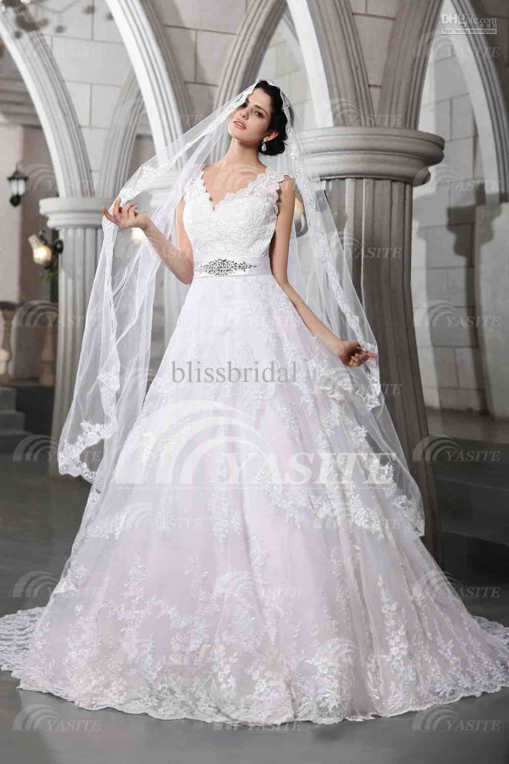 Luxurious V Neck Wedding Dresses Lace Chapel Train With A Veil Brooch Ball Gown Wedding Dress Ball Gown Wedding Dress Ball Gown Organza Online