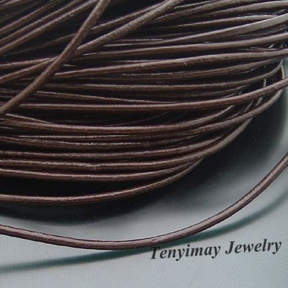 Corda di cuoio 1.5mm marrone corde di collana in vera pelle 100 m / lotto moda risultati diy spedizione gratuita
