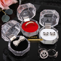 boîtes à bijoux en acrylique clair achat en gros de-20 pcs Anneaux Boîte Bijoux clair Acrylique pas cher Boîtes cadeau de mariage boîte anneau goujon bouchon de poussière boîte