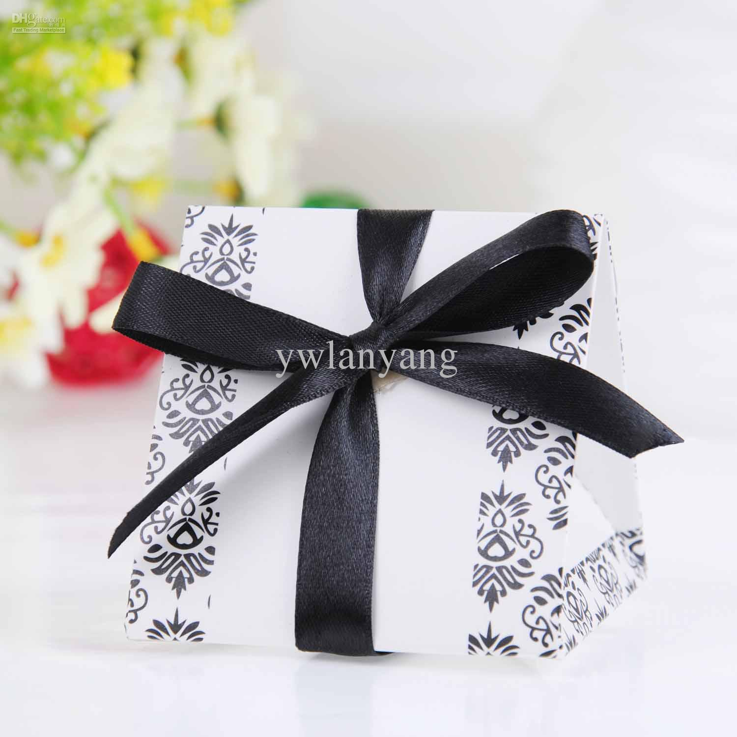 2013 New Style Wedding Favor Box Black And Silver Christmas Wrapping ...