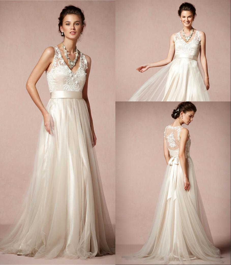 Romantic Vintage Wedding Gowns: High Quality V Neck Floor Length Soft Tulle Romantic