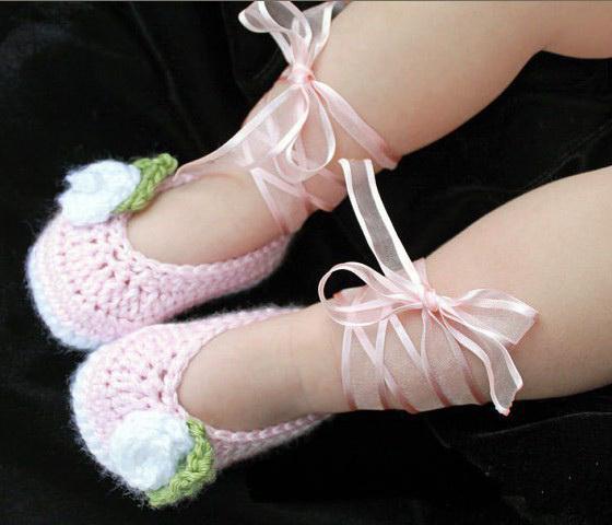 2015 جديد وصول الجوارب الكروشيه الباليه الطفل باللون الأبيض المتربة الوردي الوردي أحذية الأولى ووكر غزل القطن 6 أزواج 12 قطع /