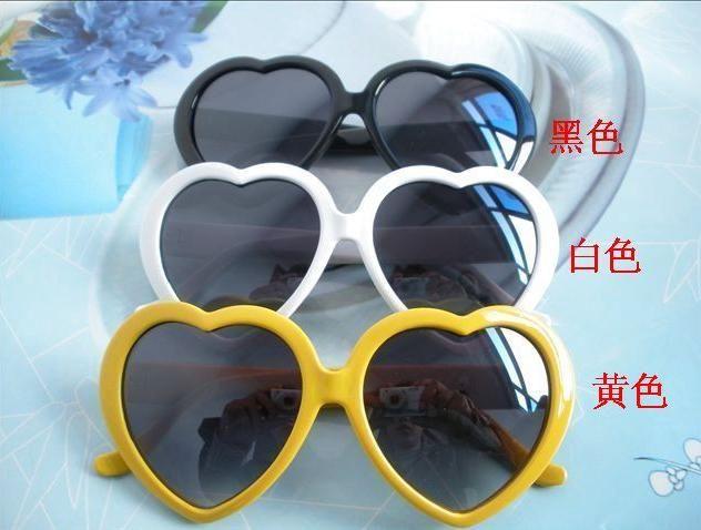 100 قطع 2016 أحدث أزياء الرجال والنساء زوجين الفقرة شكل قلب نظارات شمس sunglassesMulticolor أرسلت dhl مجانا