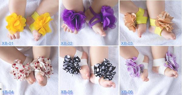 (20 pcs / 10 pairs) bebê sandálias chinelo com os pés descalços sapatos de flor do laço laços criança sapato crochê infantil