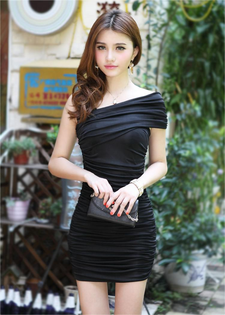 2016 été robe moulante Hot fashion sexy robe des femmes robe sans manches pliqué mini robe courte des femmes du club portent des vêtements