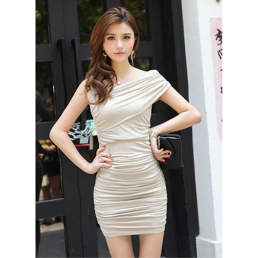 2016 Summer Bodycon Dress Hot Fashion Sexy Women S Dress Sleeveless  Plicated Mini Short Dress Women S Club Wear Clothing Gold Party Dresses  Formal Prom ... 7487b5c11