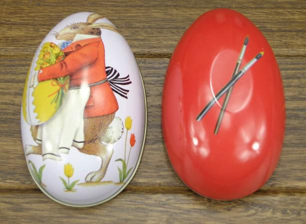 Scatola portaconfetti uova di latta 8 cabochon decorazione pasqua tutti i pattens disponibili ora