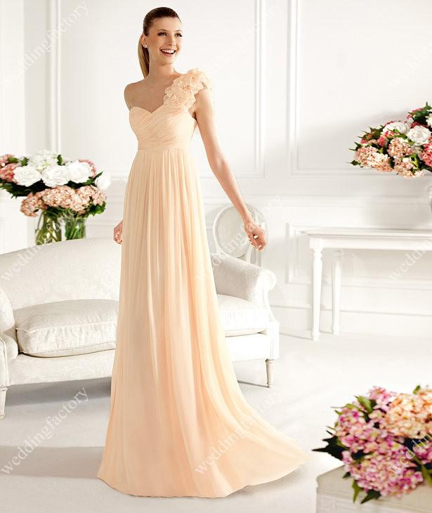 Chiffon Long Bridesmaids Dresses One Shoulder A Line Pleats Long Evening Gowns with Delicate Flowers Hot Sales Wedding Party Dresses