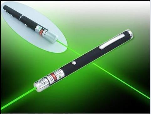 Vente en gros - NOUVEAU stylo pointeur laser vert haute puissance 200m 1000m 532nm Noir Professional Lazer High Power Puissant Livraison gratuite