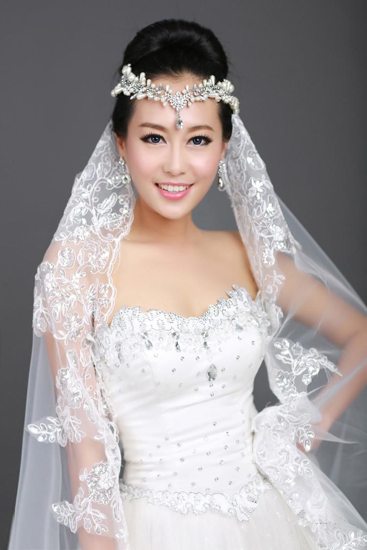 Nieuwe 1T Ivory Lint Kant Bridal Sluier Rhinestone Frontlet Kam Shiny Crystal Crwon Tiaras Silk Sluier Bruiloft Sieraden Set Bruids Kostuum