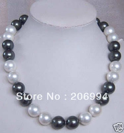 """Wholesale Beautiful Pearl Jewellery Necklaces - Wholesales beautiful 12MM Black White Shell Pearl Necklace 18"""" pearl Jewelry fashion jewellery, free shipping"""