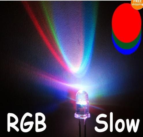 Gratis verzending 50 stks / partij 5mm kleurrijke langzame knipperende flits RGB rode blauwe groene LED-LED's