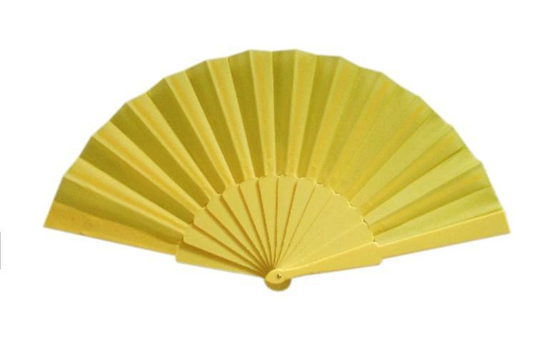 Plaine espagnole en plastique Tissu main Pliable Fan pour Dames Hommes 9 pouces assorties 50 pièces /