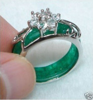 Beautiful Tibet Silver Carved Green Jade crystal Ring