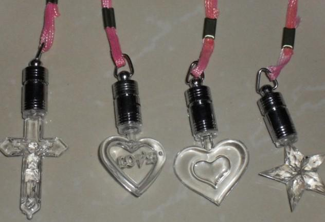 100 stks * lichtgevende ketting kleurrijke led flash ketting hanger mode ketting hanger