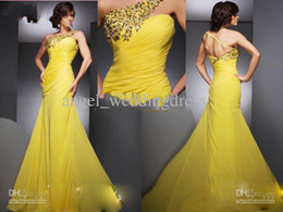 Wholesale Two Piece Dresses Diamond - 2018 yellow one-shoulder mermaid prom Dresses diamonds pleated chiffon party celebrity dresses and two Pieces Dress