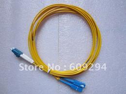 Canada Hot Wholesales LC à SC Jumper câble de fibre duplex et intérieur, SM, PVC, 3M, cordon de connexion fibre 10pcs / lot Offre
