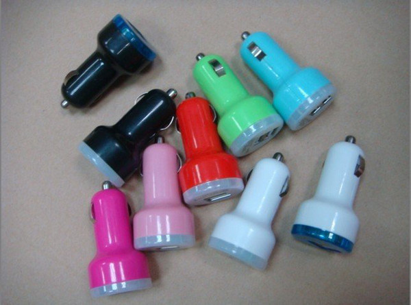 Universal Dual USB 2 Port Mini Car Charger Power Adapter for Iphone 5 4 4S IPad Samsung Galaxy S4 S3