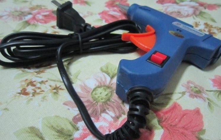 Hot Melt Glue Gun Crafts Strumento D7mm US TO EU Adattatore 20 Watt 100 240V Mini Trigger elettrico