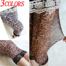 Barato Calças Curtas Leggins-Fashion leggins! 3color Lady's Summer Leopard graffiti Shorts Leggings Hot Under leggings Calças