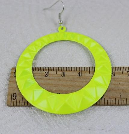 es * Mode célébrités XN couleur fluorescente Rivet punk style boucles d'oreilles 60 mm * 60 mm