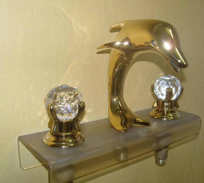 Gold Pvd Bathroom Sink Faucet Crystal Handles Dolphin Faucet DOLPHIN ...