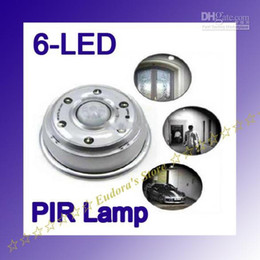 Wholesale Light Bulb Plastic Round - Auto PIR LED Light with 6 LED Bulbs Night Light hot ABS Plastic Sensitivity Motion Sensor 20pcs