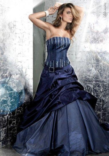 Vintage Dark Navy Wedding Dresses A Line Strapless Beaded Bodice ...