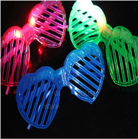 Wholesale Free Style Concert - New styles Love heart flashing glasses toys for KTV BAR and Concert and Christmas supplies free shipping