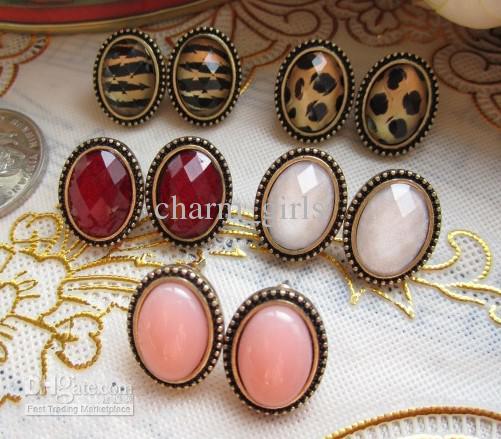 Vintage Cameo Stud ellips Leopard Red Blue Whit Diamond Earring Mix kleuren willekeurig 20 paren =