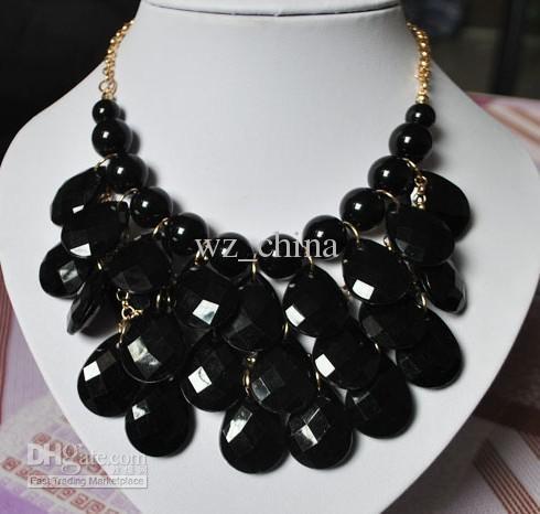 20% de réduction Brand NEW collier de faux collier déclaration Bubble pendentif acrylique collier différentes couleurs livraison gratuite