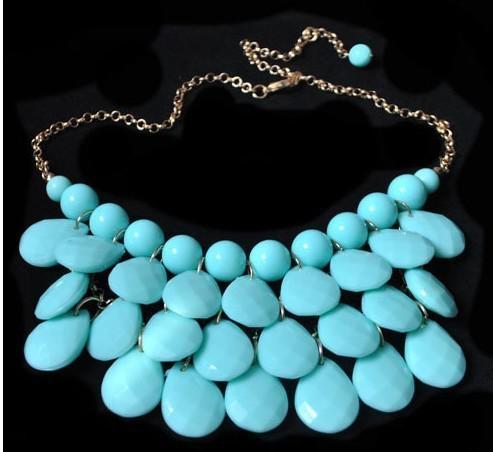 20% di sconto NUOVI colori differenti della collana acrilica del pendente della bolla di dichiarazione della collana del collare falso di marca Trasporto libero