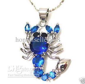 Atacado barato impressionante azul de cristal de prata colar de pingente de escorpião + cadeia livre