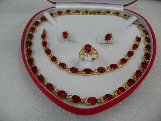 El regalo al por mayor barato del día de madre real rubí rojo lleno llenó el anillo del collar de la pulsera del pendiente