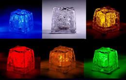 2019 decorazioni cinesi porta nuova anno 100pcs * LED Ice Cube Lights Luci della festa nuziale Palloncino di Natale Decorazione festa di compleanno