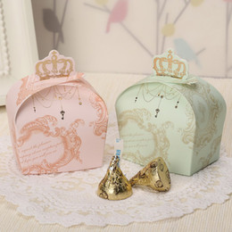 Wholesale Crown Housing - 60 pcs Crown Candy Boxes Wedding Faovrs Sweet Gift Box Pink   Light Green 2 color for choose