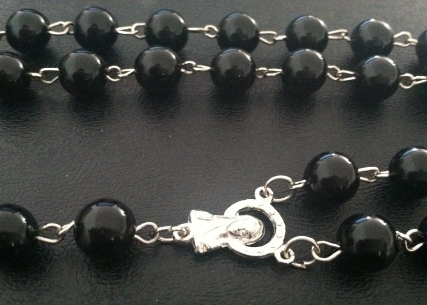 Mens Beckham Cruz Pingente De Plástico Preto Bead Rosário Beads Colar 12 pçs / lote