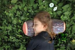 2019 bûches de bois Nouveauté Grain En Bois Et Coussins En Bois Vert Journal Oreiller Cadeau pour Enfant Cylindrique De Voiture Cushio bûches de bois pas cher