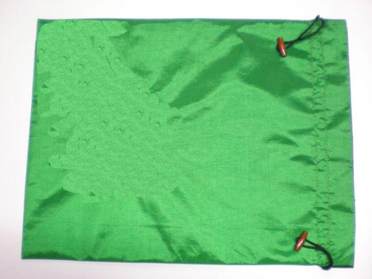 Gewoon geschenk tassen herbruikbare zijden stof tas trekkoord verpakking tassen 20x28 cm 10 stks / partij mix kleurvrij