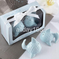 Wholesale Wedding Gift Kissing Fish - Unique Wedding Favors kiss fish Salt & Pepper Shakers Wedding Favor Gift 10pairs lot