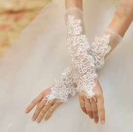 Wholesale Elegant Wedding Gloves - elegant style clear sheer wedding Evenning accessories Bridal lace embroidery fingerless long gloves party ornament h116