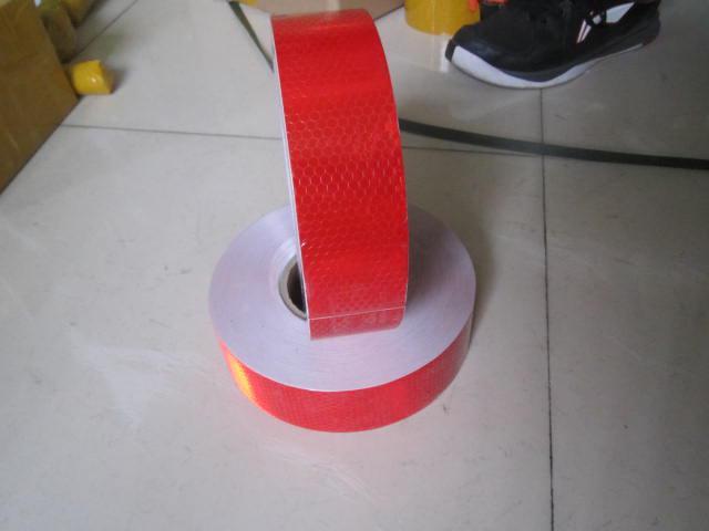6 rolls / 50m * 5cm beyaz veya kırmızı yansıtıcı güvenlik uyarı bandı araç barizlik bandı
