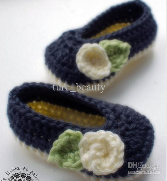 15% OFF! Dark blue Cream white Crochet baby Mary Janes - Crochet baby shoes booties ,100% cotton yarn ,first walker shoes /